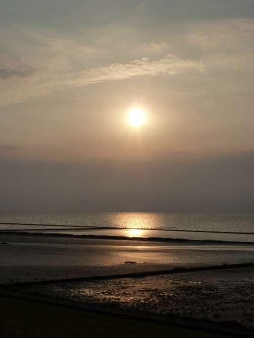 Sun Sunrise Morgenrot Setting Sun Sunset Water