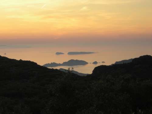 Sunset Ocean View Island Mist