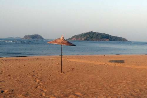 Sunshade Beach Parasol Arabian Sea Sand Holidays