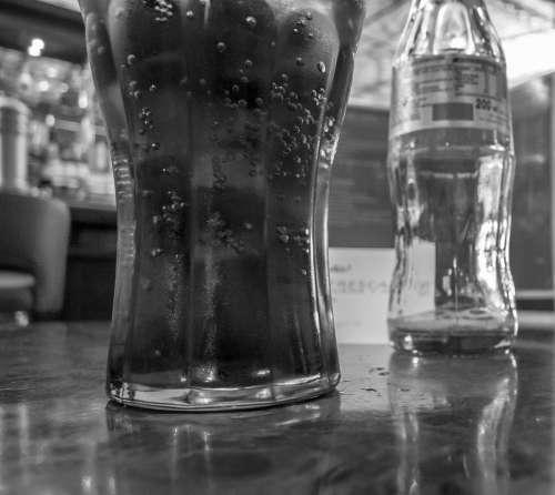 Table I Base Bar Pub Drink Coca Cola Restaurant