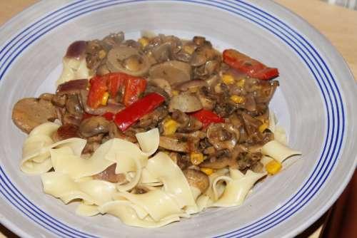 Tagliatelle Sliced Food Eat Cook Noodles