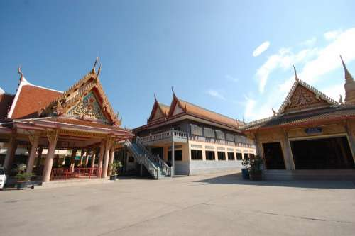 Temple Thailand Buddhists Observe Religious