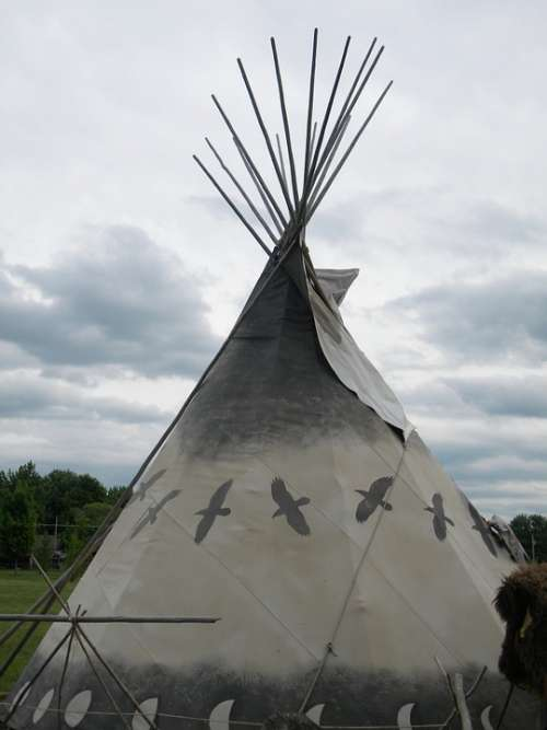 Tepee Native Indian American Shelter Wigwam Tent