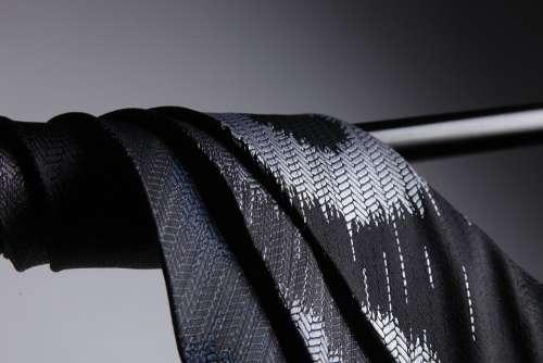 Tie The Darkened Silk Pole Light And Shadow