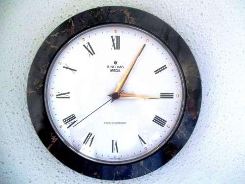 Time Clock Wall Clock Radio Controlled