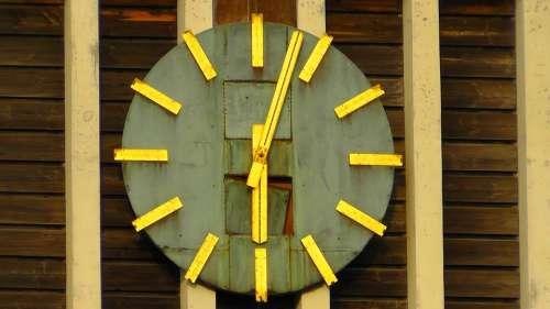 Time Clock Clock Tower Analog Church Clock Tower