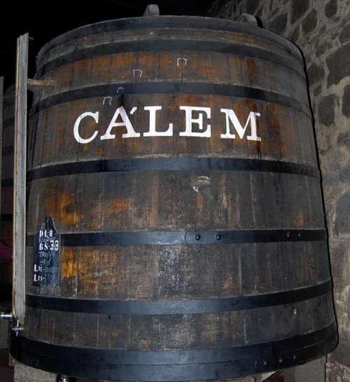 Tino Wine Calem Oporto Portugal Wood