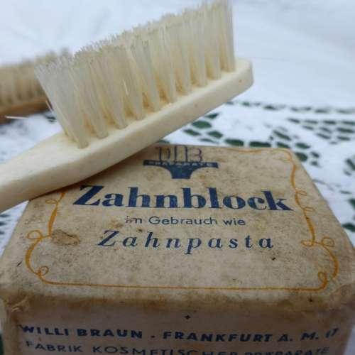 Toothbrush Antique Brush Bristles Clean Close Up