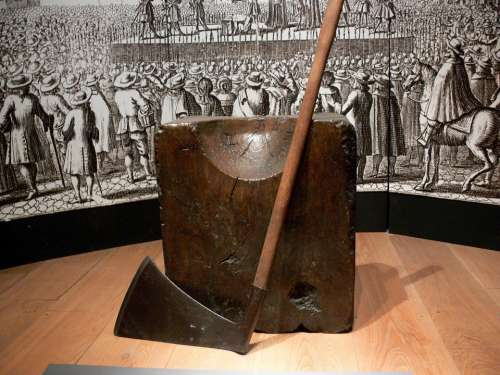 Tower Tower Of London London Headsman Axe Chop