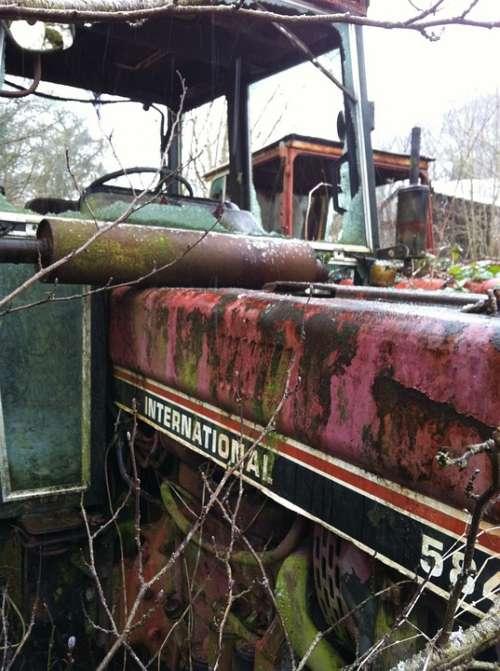 Tractor Rust Graveyard Farm Junk Yard Rural Decay