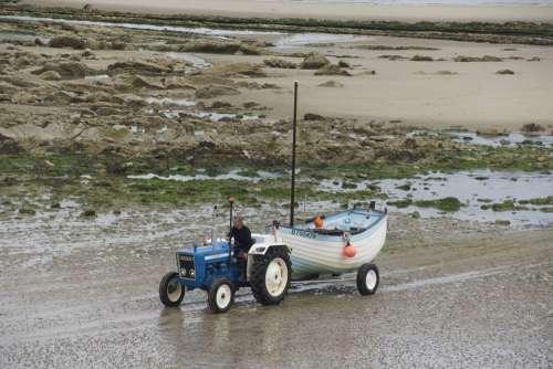 Tractor Boat Ship Trailers Sea Fishing Water