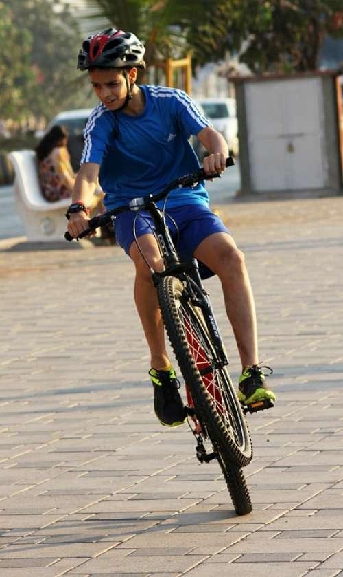 Trick Bicycle Rider Child Boy Leisure Ride