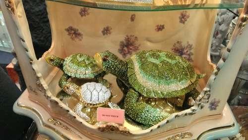 Turtle Gold Figure Animal Jewellery