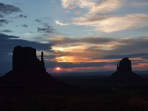 Usa Monument Valley Sunrise Kayenta Arizona