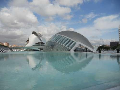 Valencia Pool Architecture