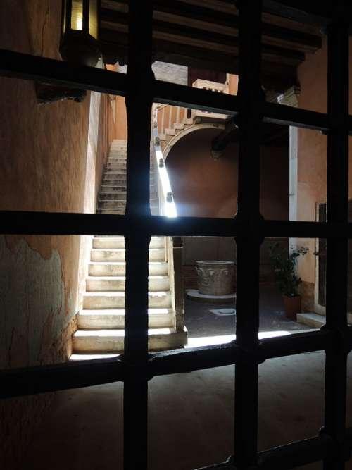 Venice Taly Trap Light House City