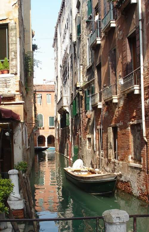 Venice Italy Boating Water Houses Rose Boat