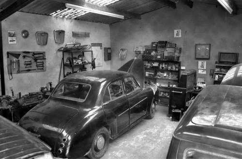 Vintage Car Automobile Shiny Nostalgia Auto