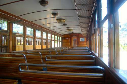Wagon Interior Train Zugfahrt Railway