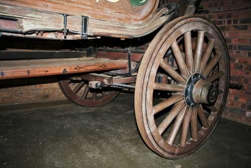 Wagon Wheel Wheel Round Wood Spokes Sturdy