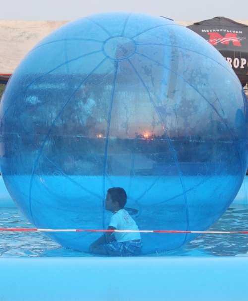 Walking Water Ball Funny Kids Floating Toy