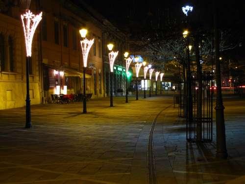 Walking Street Lamps In The Evening Esztergom