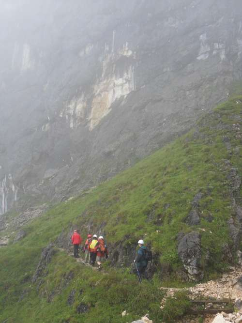Wanderer Hiking Fog Foggy Storm Mountain