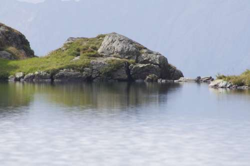 Water Bergsee Alpine Lake Rock