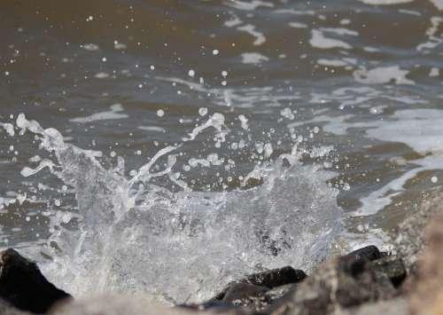 Water Spray Inject Water Splashes Wet