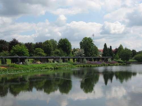 Weiskirchen Saarland Kurpark Water Pond Portico