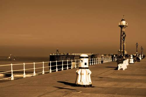 Whitby Lighthouses Town Promenade City Sea