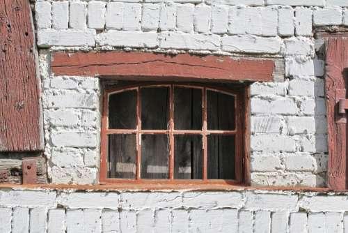 Window Old Lapsed Bricks Grate