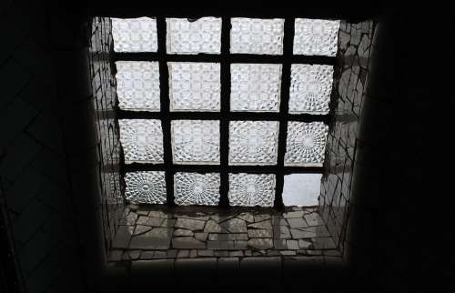 Window Patterned Disc Architecture Glass