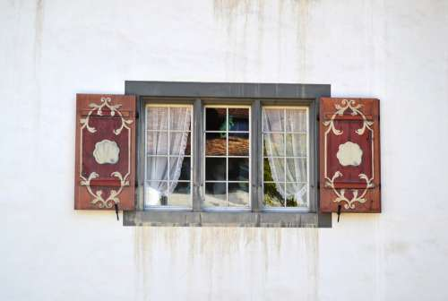 Window Switzerland Suiss Curtain