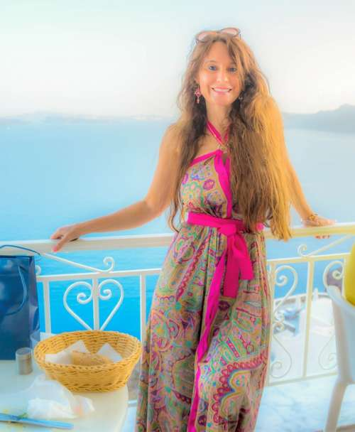 Woman Vacation Tourist Female Posing Travel Dress