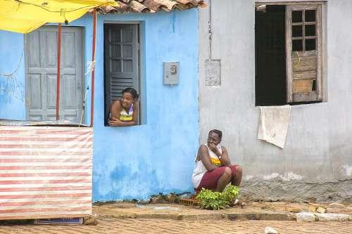 Women Wait Rest Brazil Salvador De Bahia Vacations