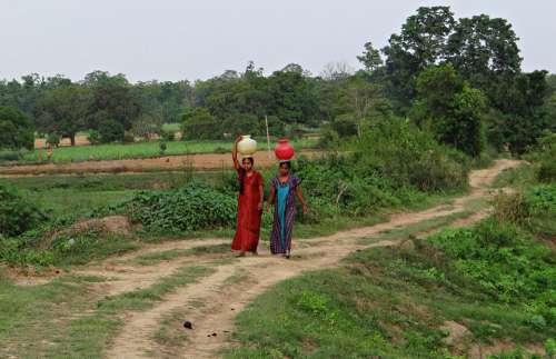 Women Village Fetching Water Pot Hands-Free