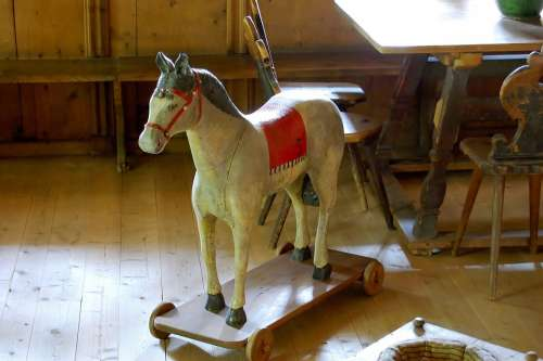 Wooden Horse Farmhouse Old Sun Toys Children