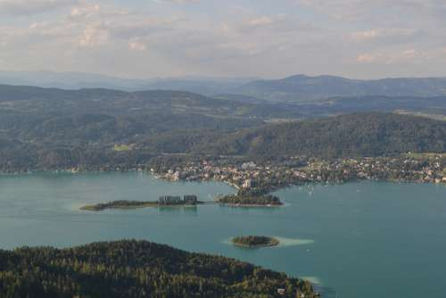 Wörther See Lake Island Within Waters Pörtschach