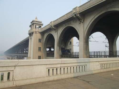 Wuhan Yangtze River Bridge Building The Yangtze River