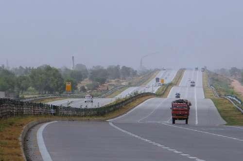 Yamuna Expressway Delhi-Agra Taj Expressway India