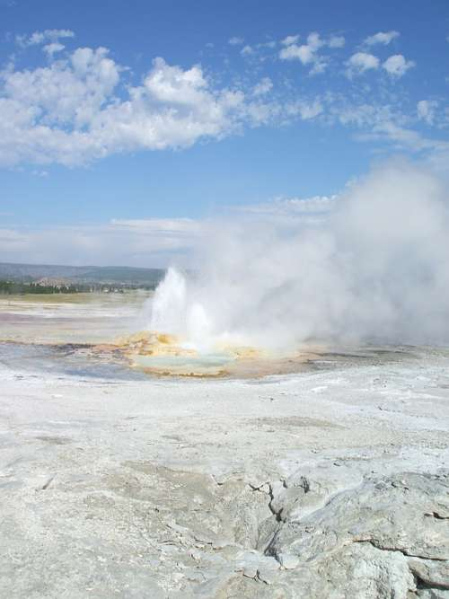 Yellowstone Old Faithful Geyser Hot Spring America