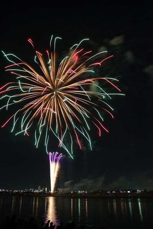 Zigzag Colorful Fireworks Hanabi Colored Color