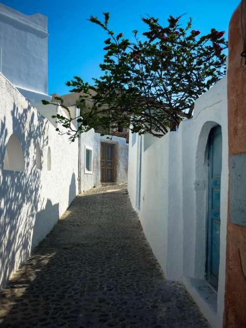 Oia walkway, Santorini, Greece