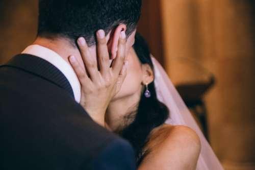 Bride & Groom Wedding Kiss Photo