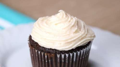 Cupcake Cream Cheese Icing Photo