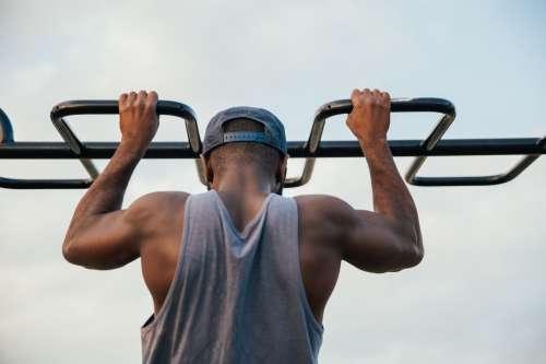 Fitness Man Chin Ups Photo