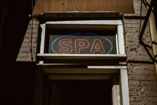 Neon Spa Sign Photo