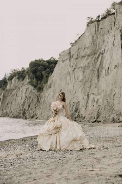 Wedding Bride Fashion And Beach Photo