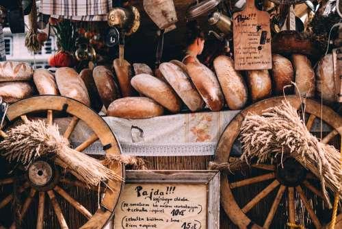 Bread display at the Saint Dominic's Fair